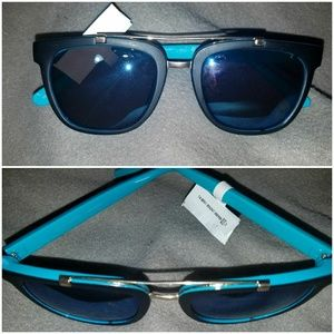 Juicy Couture blue Sunnies